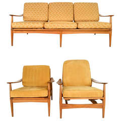 Three-Piece Mid-Century Modern Living Room Set