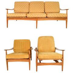 Three-Piece Mid-Century Modern Living Room Set
