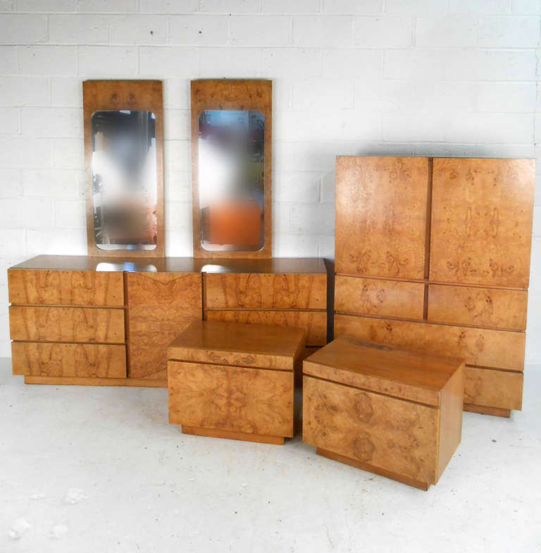 This Unique Six Piece Bedroom Set Features Beautiful Burl Wood Finish And  Includes Matching End Tables