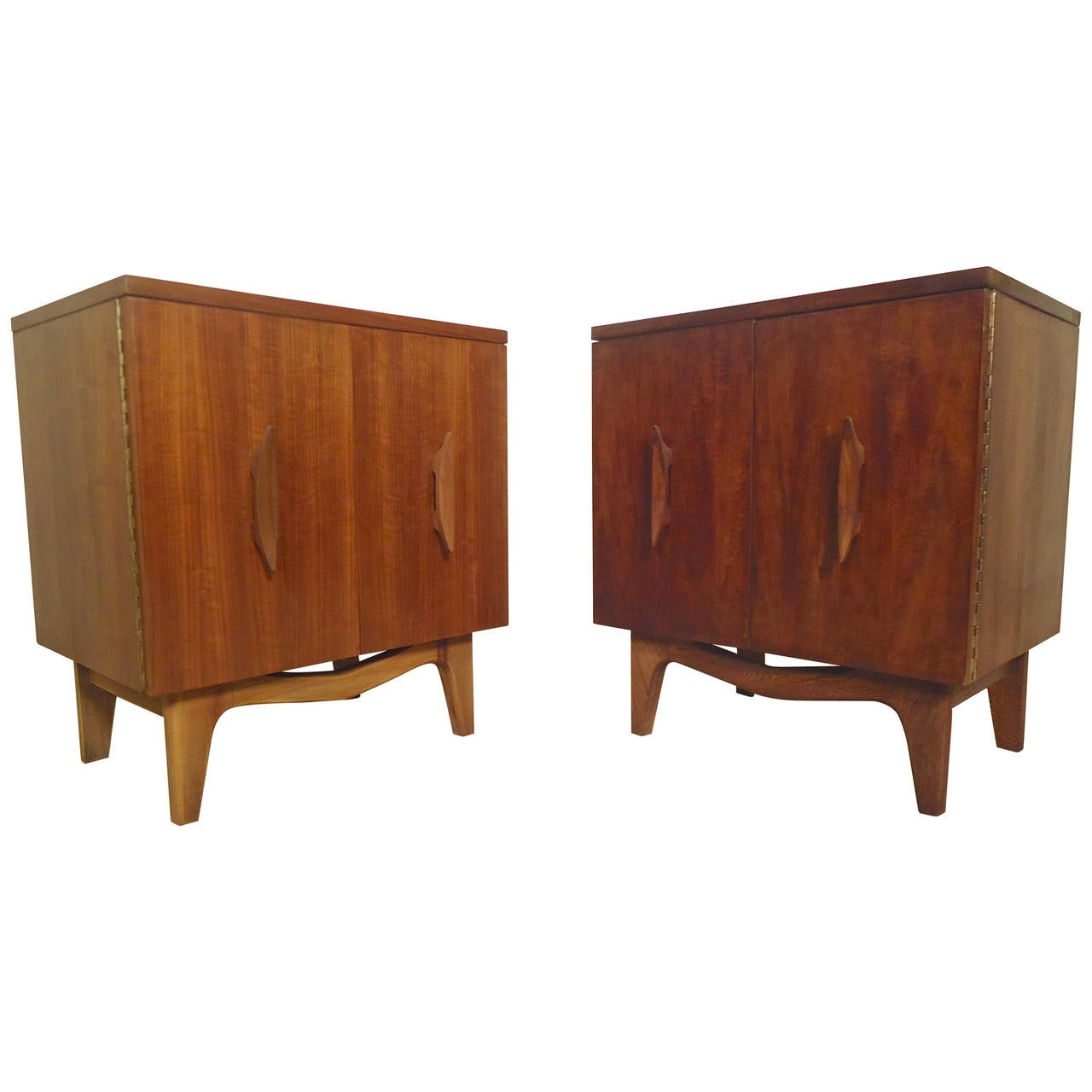 Matching Midcentury Nightstands With Sculpted Detail At