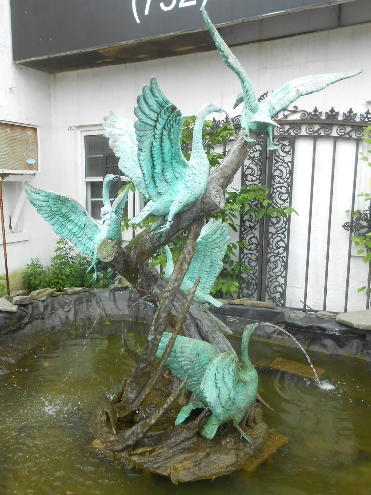Sculptural Bronze Fountain with Flock of Birds For Sale 5