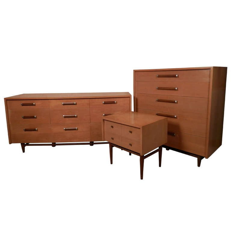 Rare Bedroom Set By American Of Martinsville at 1stdibs