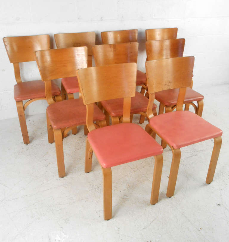 Set Of Mid Century Modern Thonet Dining Chairs At 1stdibs