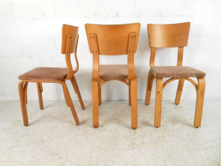 Merveilleux American Set Of Mid Century Modern Bentwood Dining Chairs By Thonet For Sale