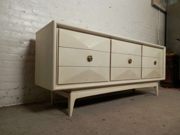 united furniture corporation dresser 1