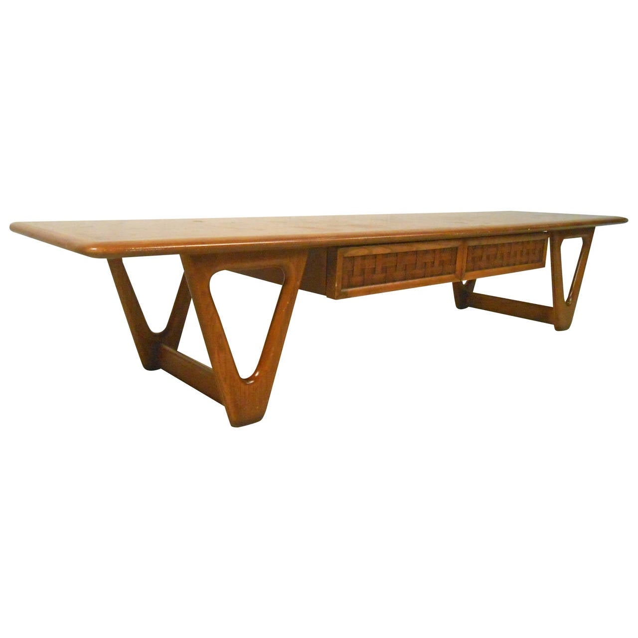 Century American Made Walnut Coffee Table By Lane For Sale At 1stdibs