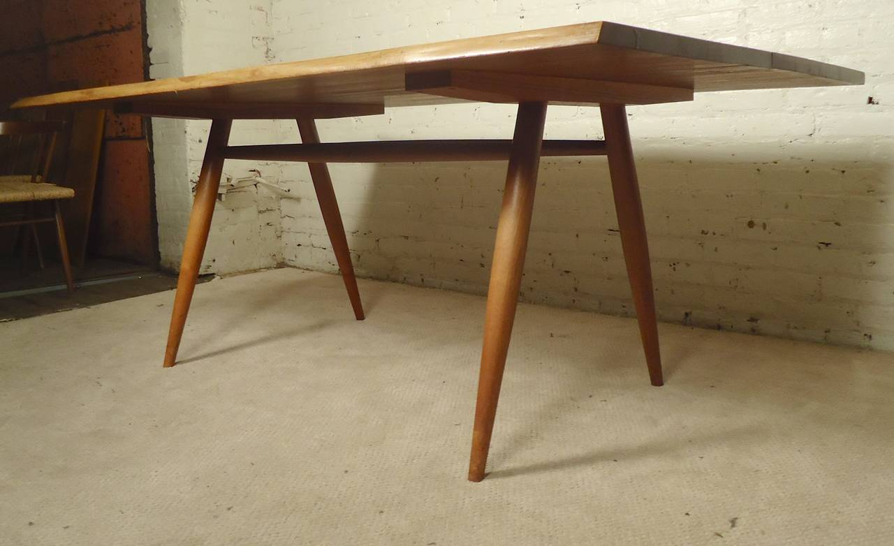 Dining Set by Nakashima In Good Condition For Sale In Brooklyn, NY