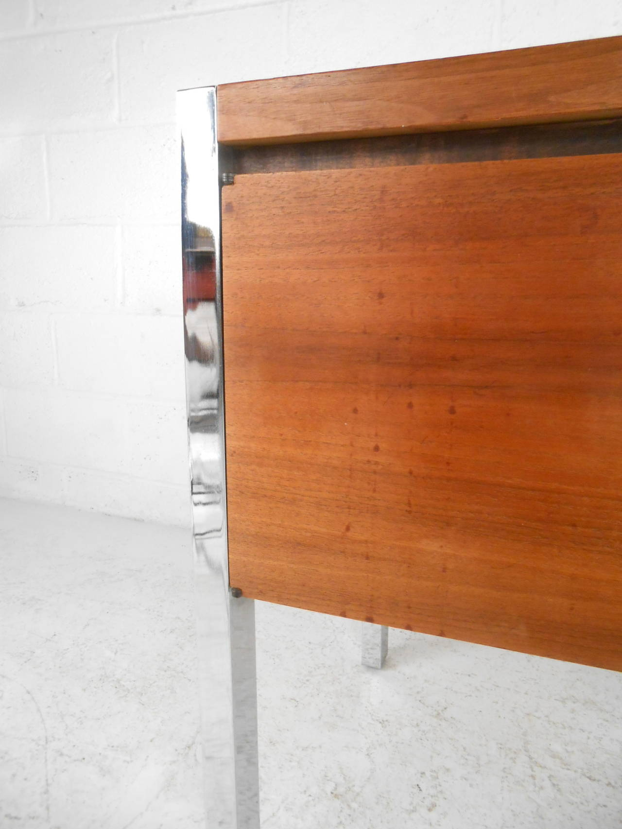 Mid-Century Modern Two-Door Cabinet with Chrome Frame For Sale 1