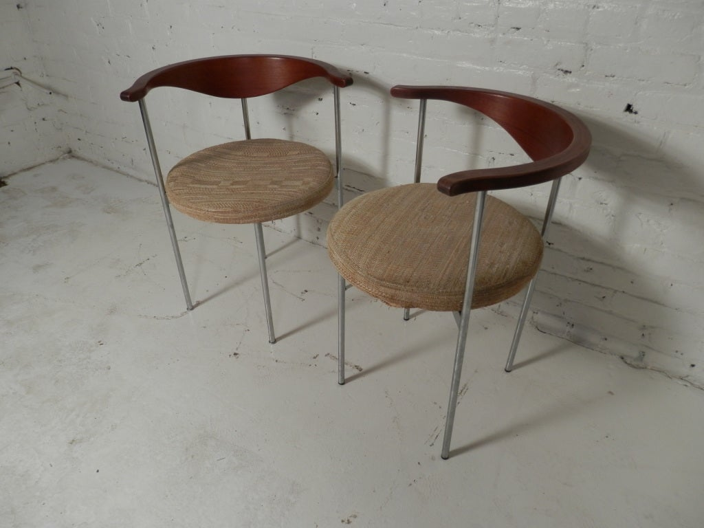 Pair of Frederick Sieck for Fritz Hansen El-Bow Chairs 4