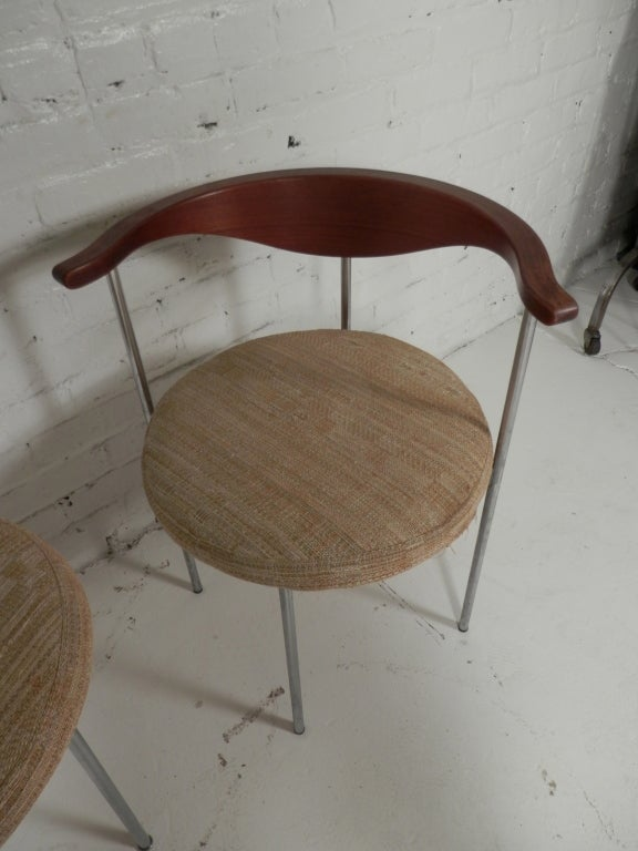 Pair of Frederick Sieck for Fritz Hansen El-Bow Chairs 6