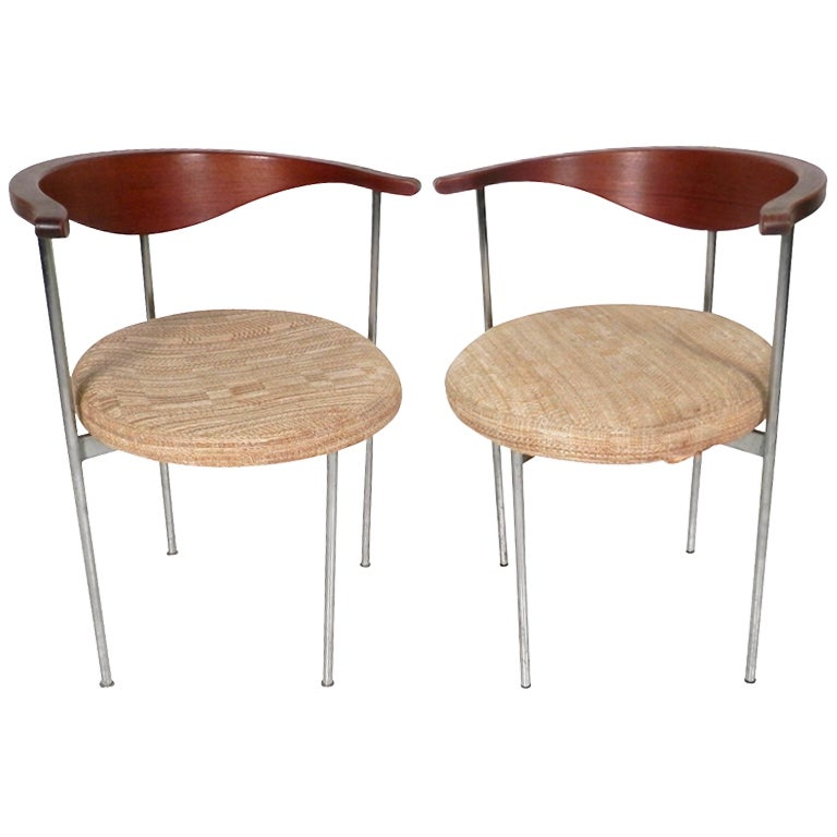 Pair of Frederick Sieck for Fritz Hansen El-Bow Chairs 1
