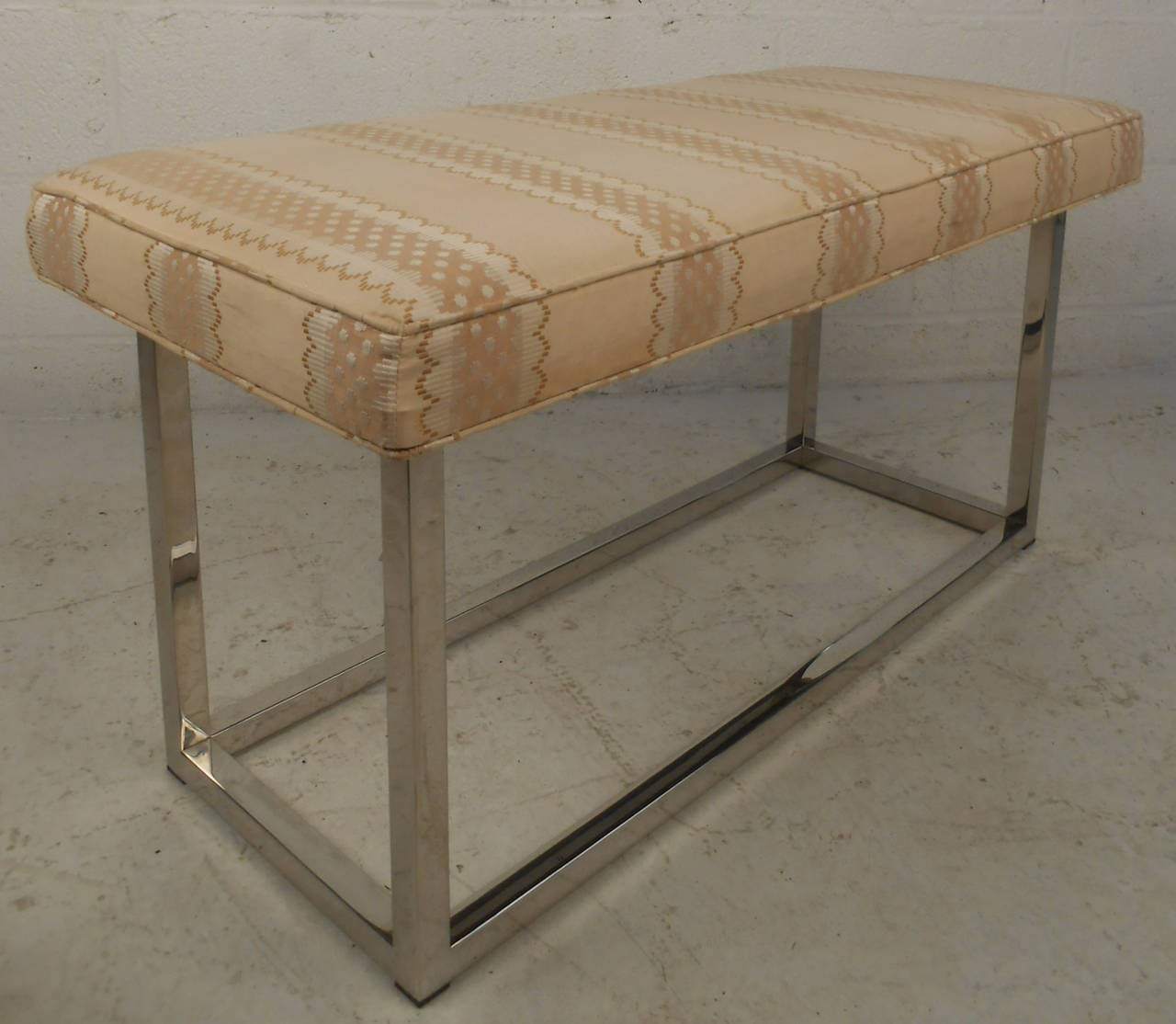 Mid-Century Modern Upholstered Bench with Solid Chrome Frame For Sale 4
