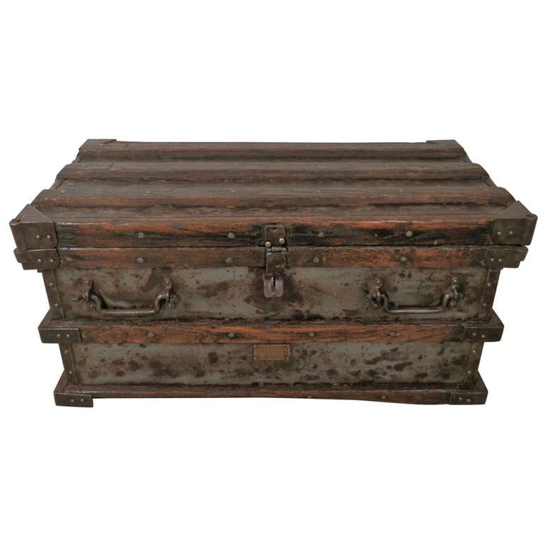 Antique Metal And Wood Trunk At 1stdibs