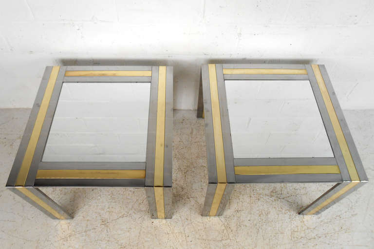 American Pair of Vintage End Tables in the Style of Paul Evans For Sale
