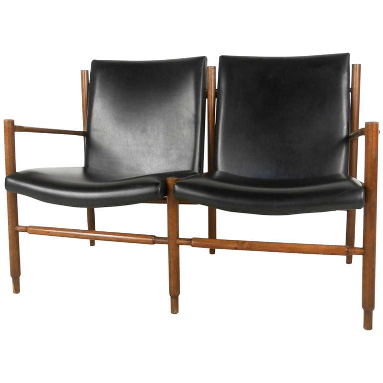 Unique Mid Century Modern Walnut And Leather Settee At 1stdibs