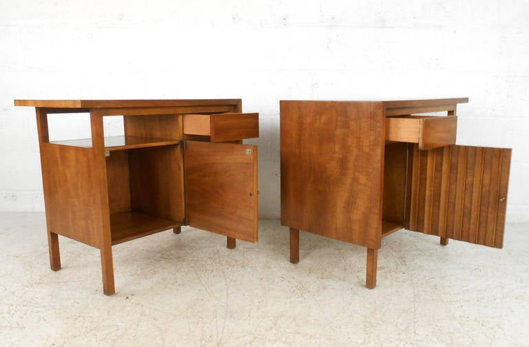 Mahogany John Widdicomb Bedroom Suite with Dressers and Nightstands