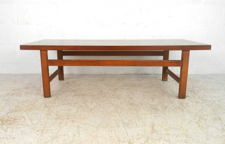 Mid-Century Modern Vintage Walnut Coffee Table by Lane Furniture For Sale