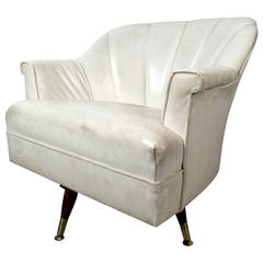 white vinyl lounge chairs 36 for sale on 1stdibs