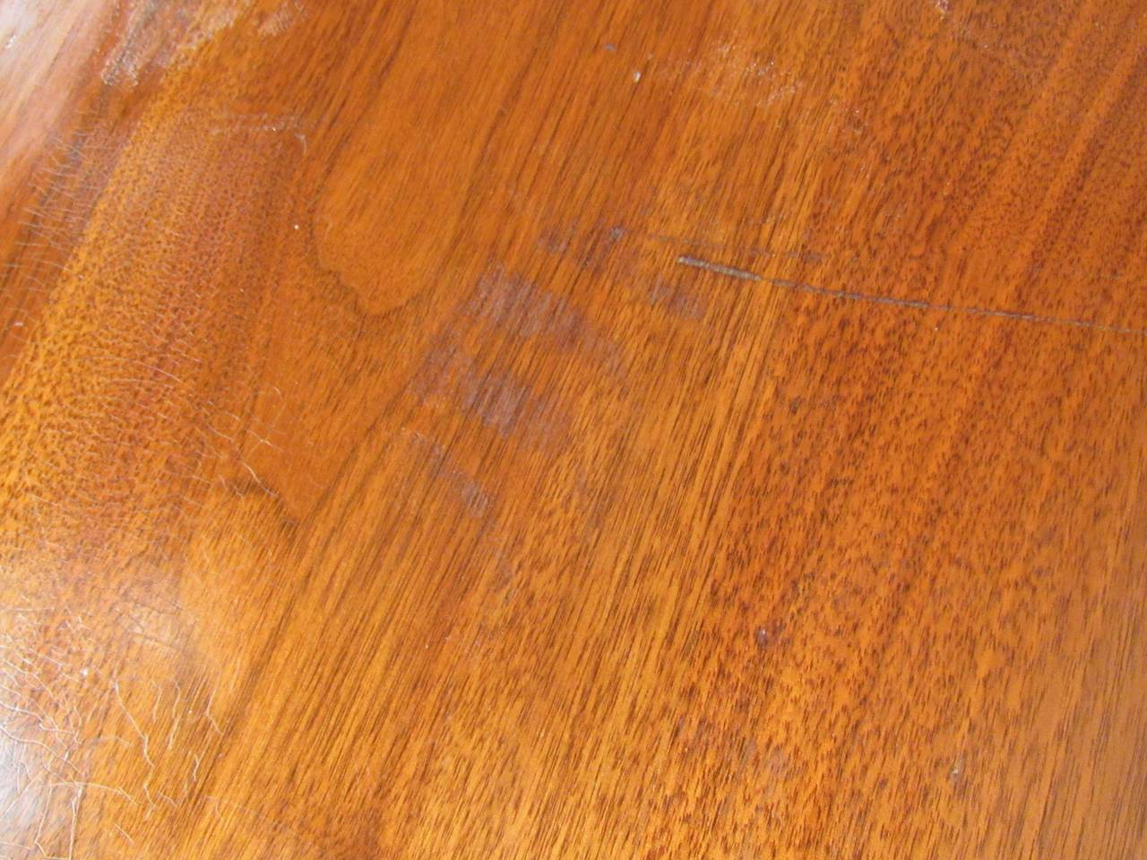Mid-Century Modern Dining Table For Sale 2