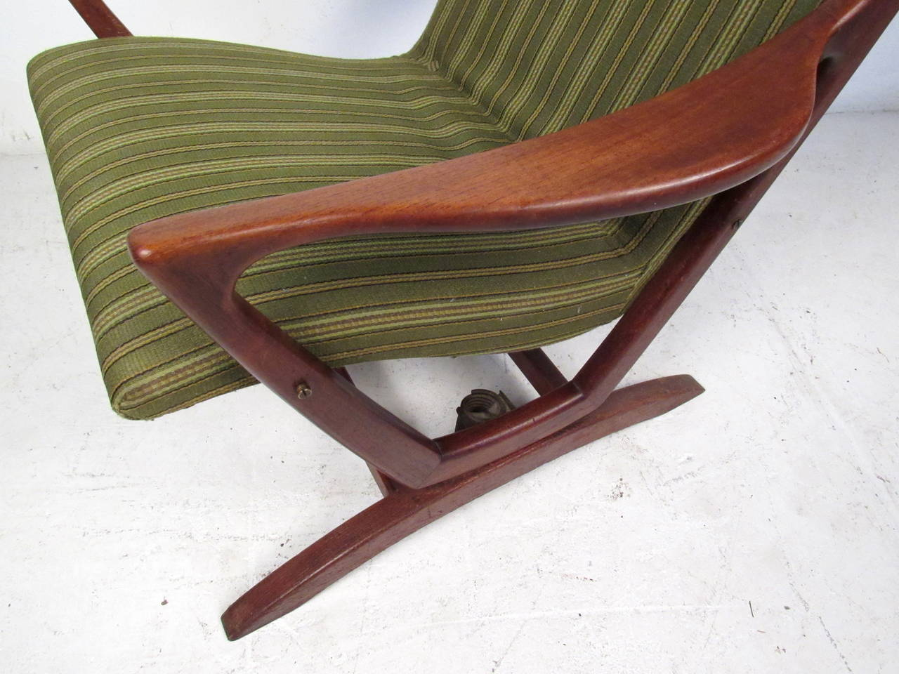 Upholstery Mid-Century Modern Rocking Chair For Sale