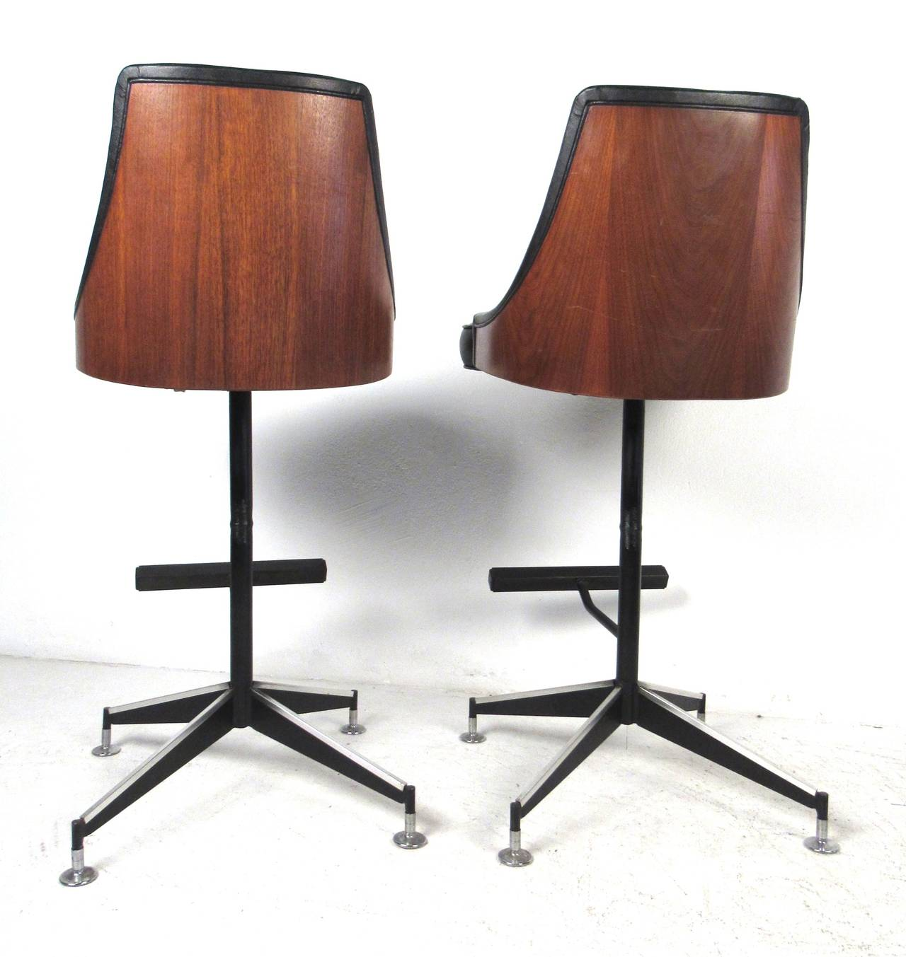 Mid Century Modern Bar Stools At 1stdibs