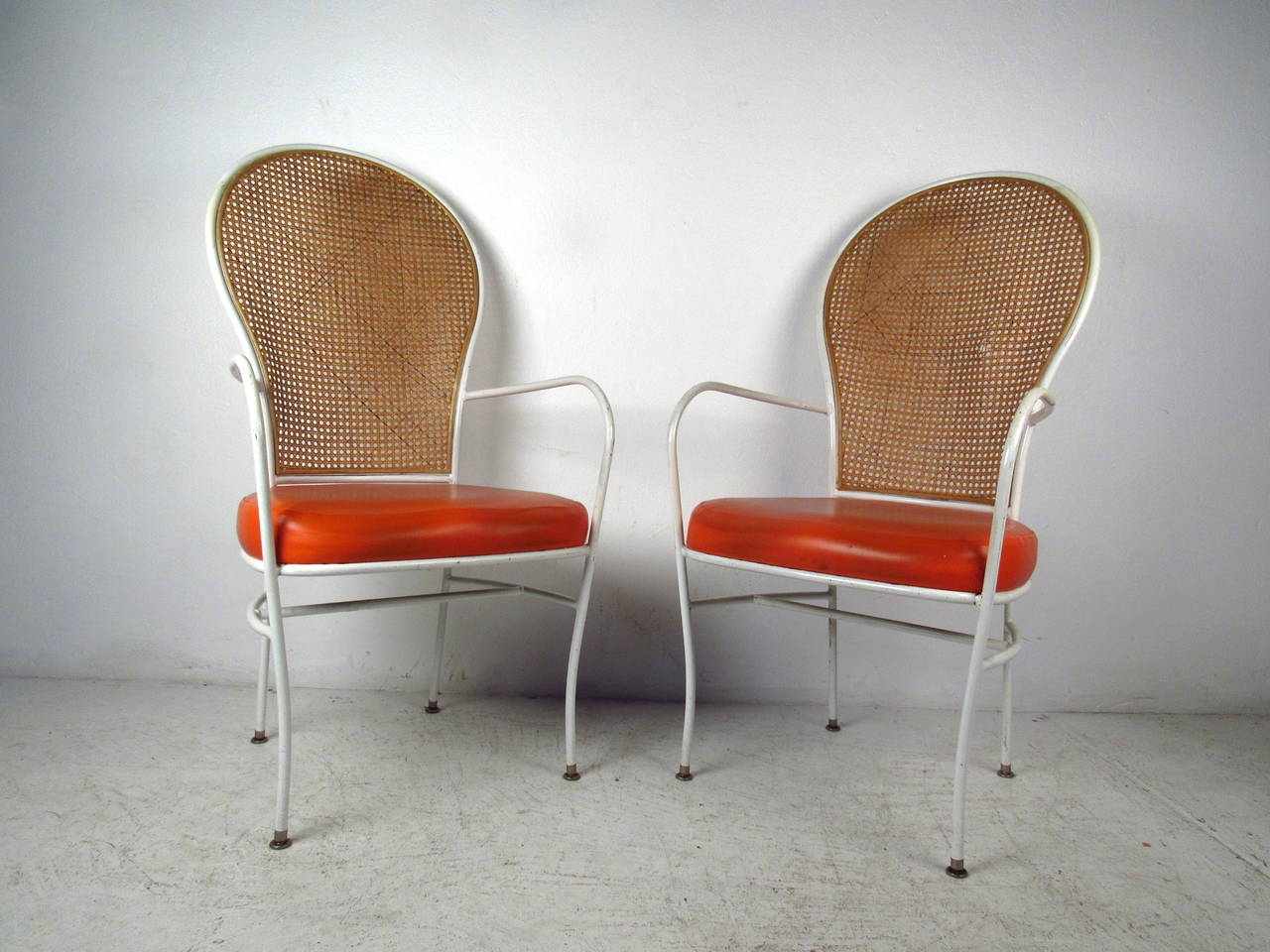 Superbe Pair Of Chairs By Milo Baughman For Thayer Coggin Feature A Caned High Seat  Back,