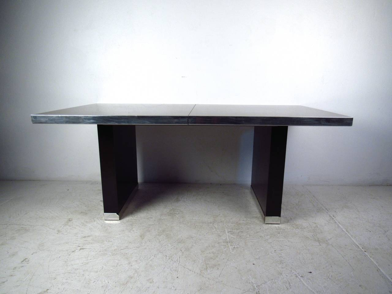 Pierre Cardin Signed Dining Table In Good Condition For Sale In Brooklyn, NY