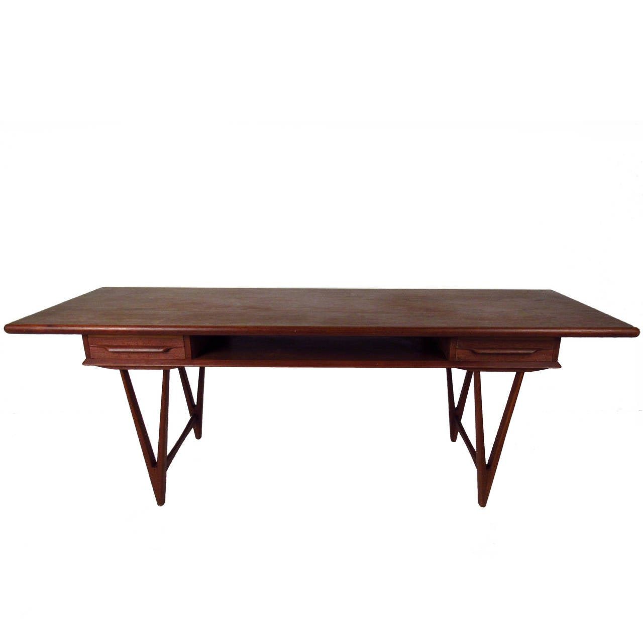 danish modern teak coffee table with two drawers by e w bach for sale at 1stdibs. Black Bedroom Furniture Sets. Home Design Ideas