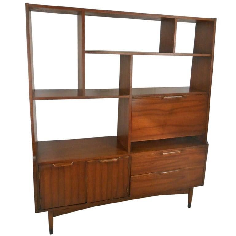 mid century modern room divider bookcase at 1stdibs. Black Bedroom Furniture Sets. Home Design Ideas