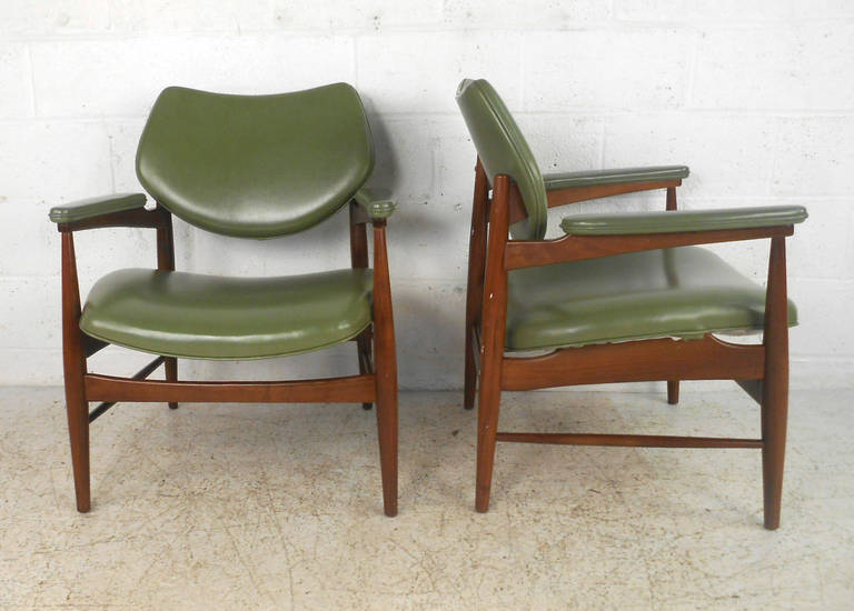 Unique Mid-Century Danish Dining Table With Chairs For