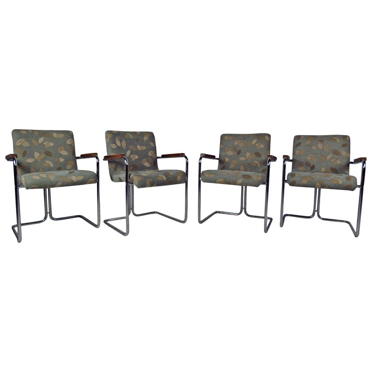 Modern Set of Tubular Steel Dining Chairs For Sale