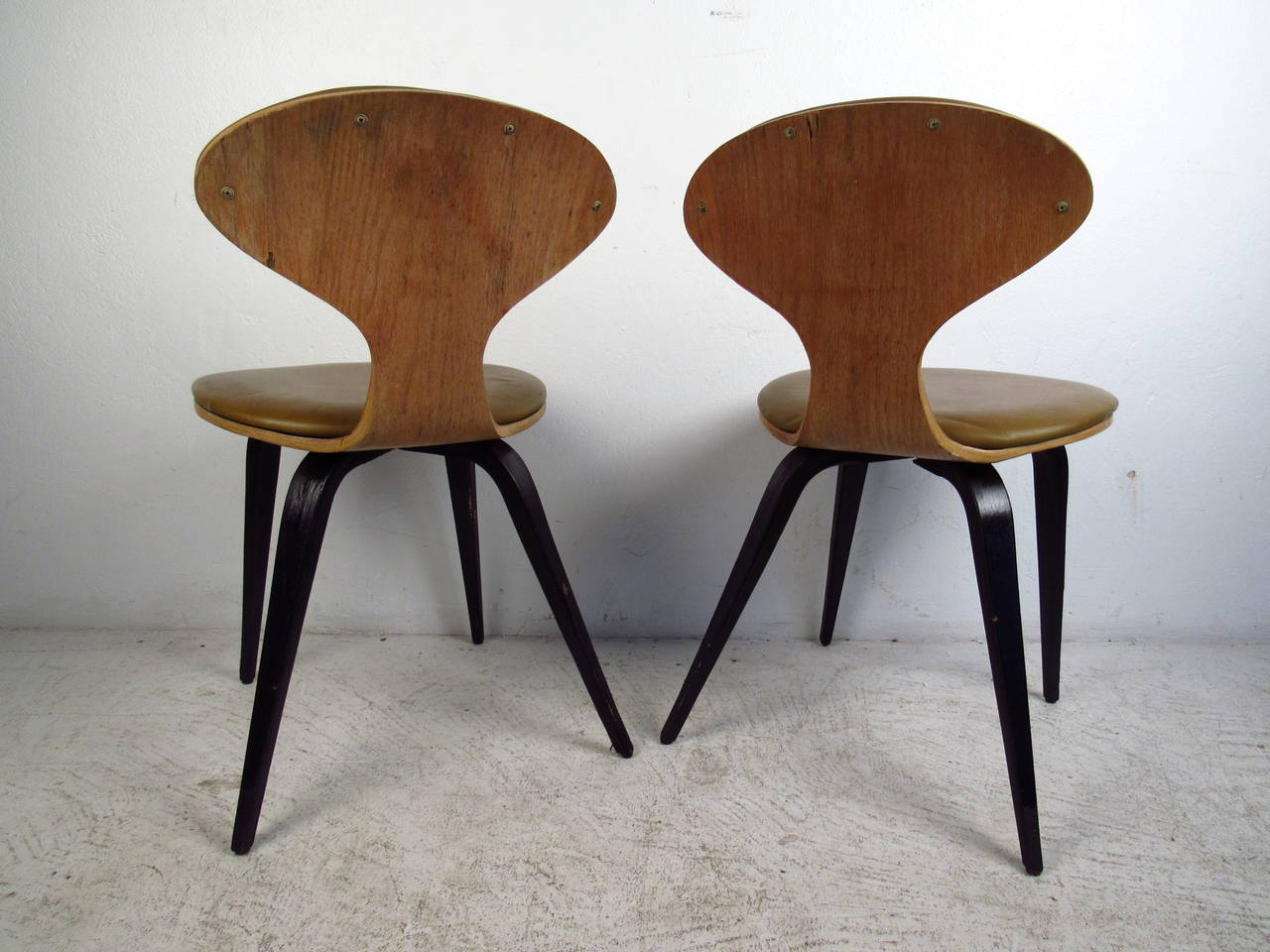 Pair of Mid-Century Modern Bentwood Chairs in the Style of Norman Cherner In Good Condition For Sale In Brooklyn, NY