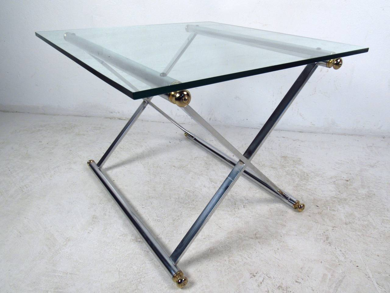 Pair of Mid-Century Modern Chrome and Brass End Tables For Sale 1