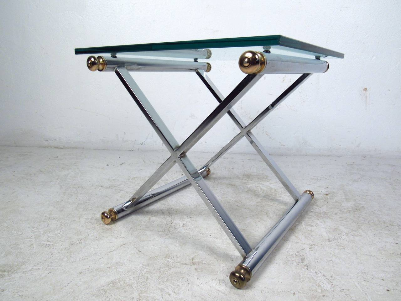 Pair of Mid-Century Modern Chrome and Brass End Tables For Sale 2