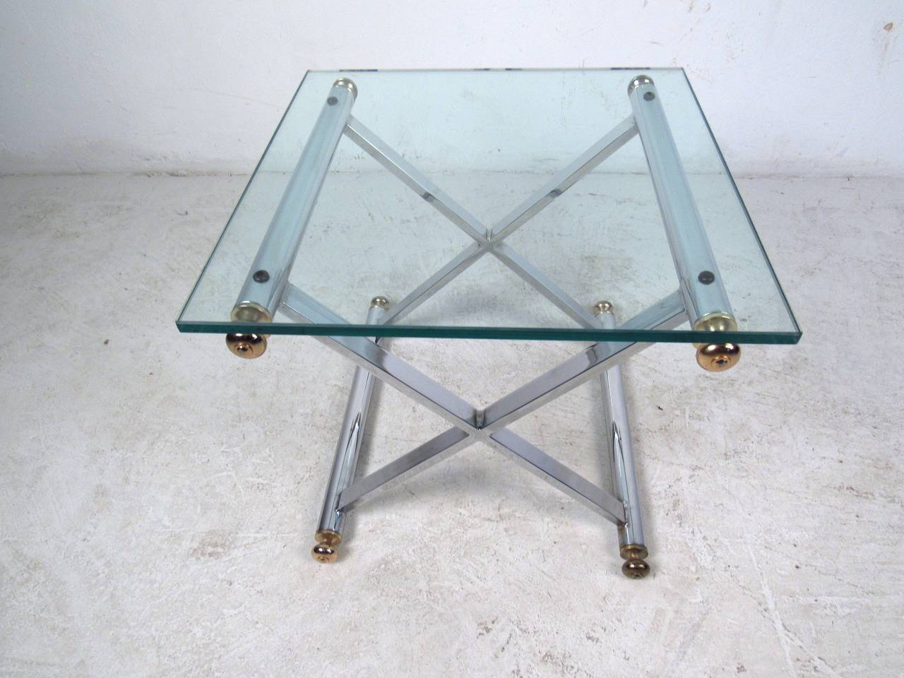Pair of Mid-Century Modern Chrome and Brass End Tables For Sale 3
