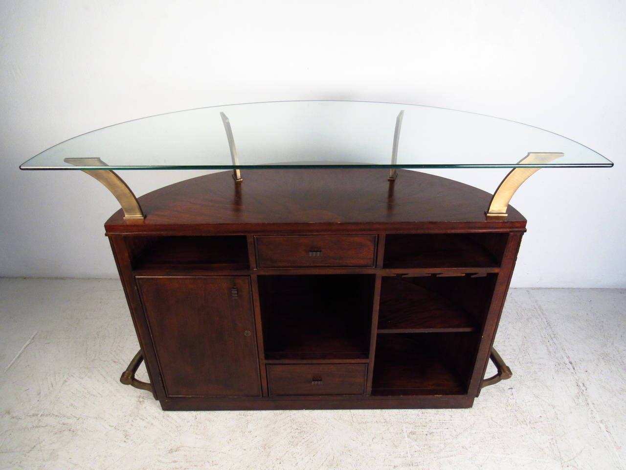 Mid Century Modern Glass Top Bar By Universal Furniture Company At 1stdibs