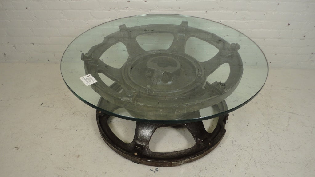 industrial tractor wheel coffee table at 1stdibs. Black Bedroom Furniture Sets. Home Design Ideas
