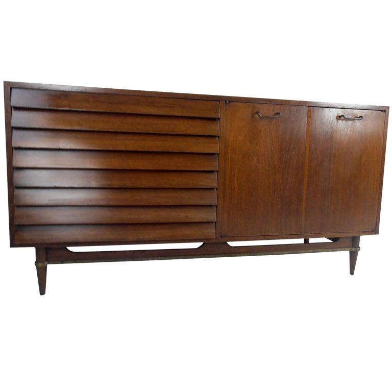 Xxx 9218 1349711145 for Vintage american martinsville bedroom furniture