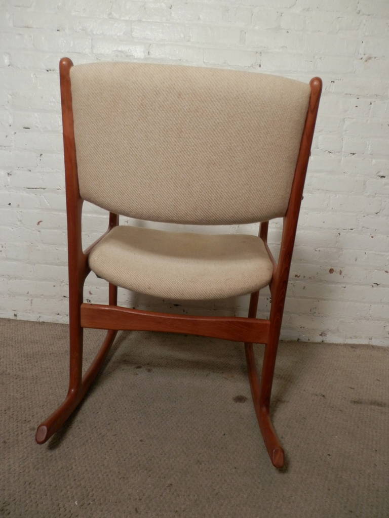 Vintage Mid-Century Modern Rocking Chair By Benny Linden For Sale at ...
