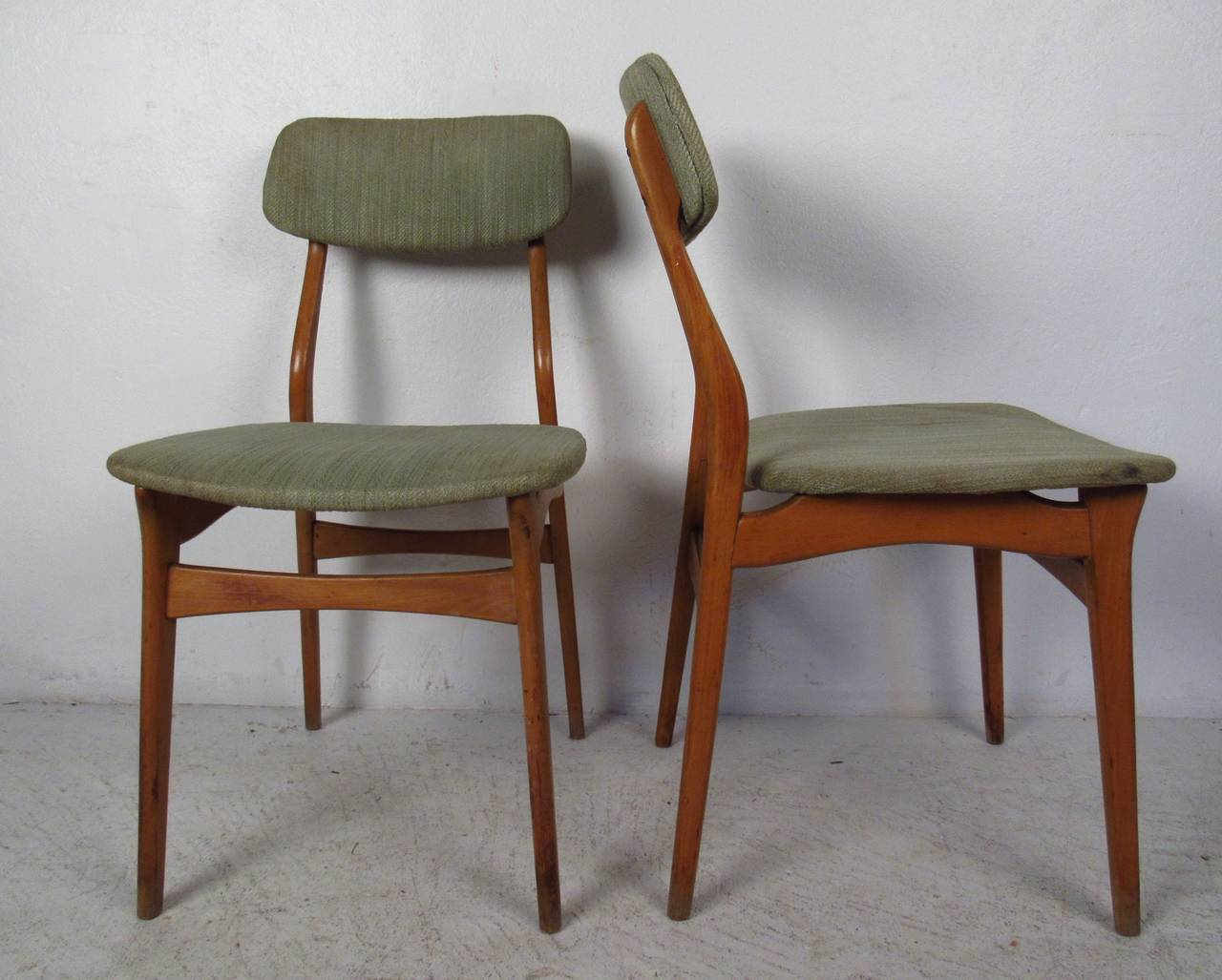 Set of Six Mid-Century Upholstered Teak Dining Chairs In Good Condition In Brooklyn, NY