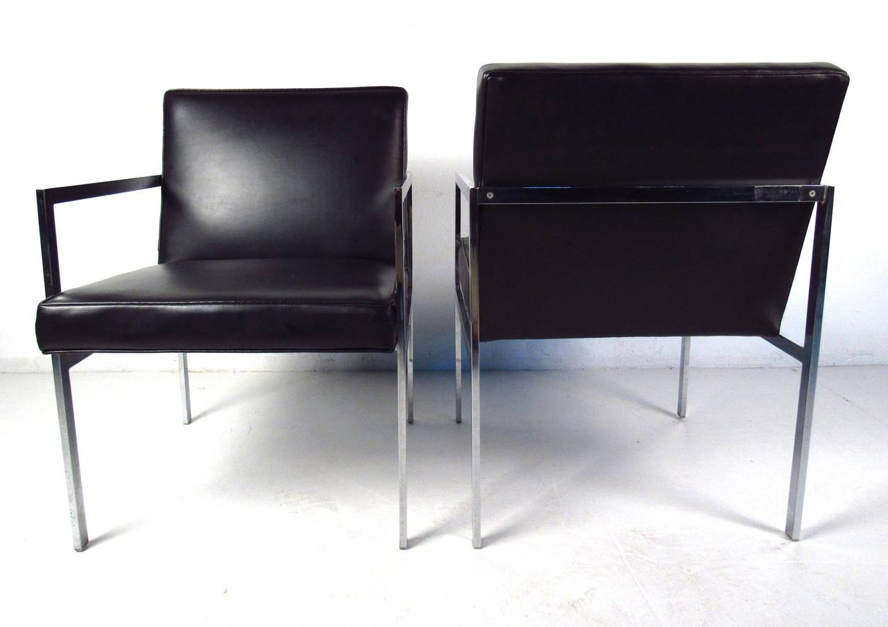 Mid Century Modern Mid Century Side Chairs By Patrician Furniture Co. For  Sale