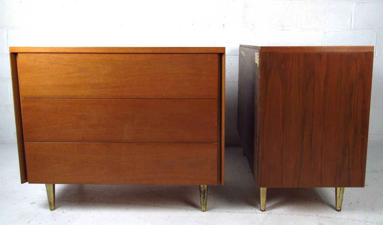 Mid-Century Modern Pair of John Stuart Three Drawer Dressers For Sale