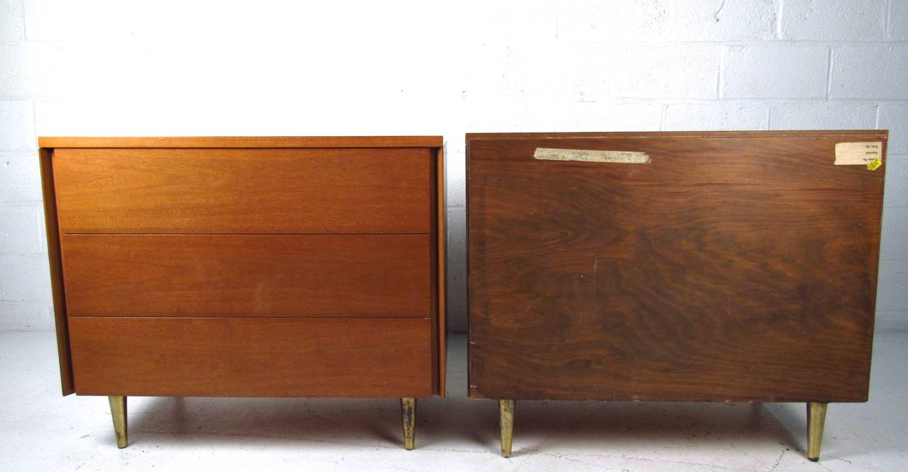 Pair of John Stuart Three Drawer Dressers In Good Condition For Sale In Brooklyn, NY