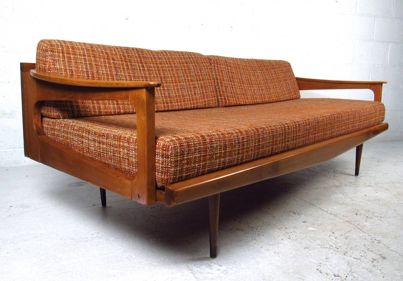 Mid Century Modern Bed Gallery Of George Nelson Case