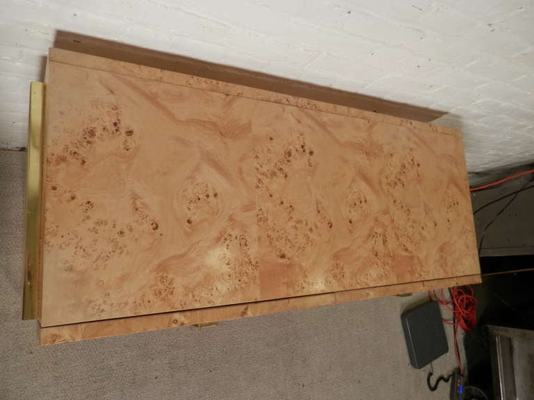 Mid-Century Modern Console In Burl Wood By Thomasville image 3