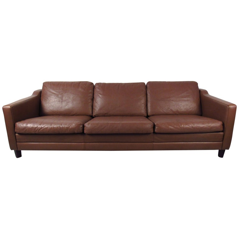 Vintage Leather Sofa in the Style of Børge Mogensen For Sale
