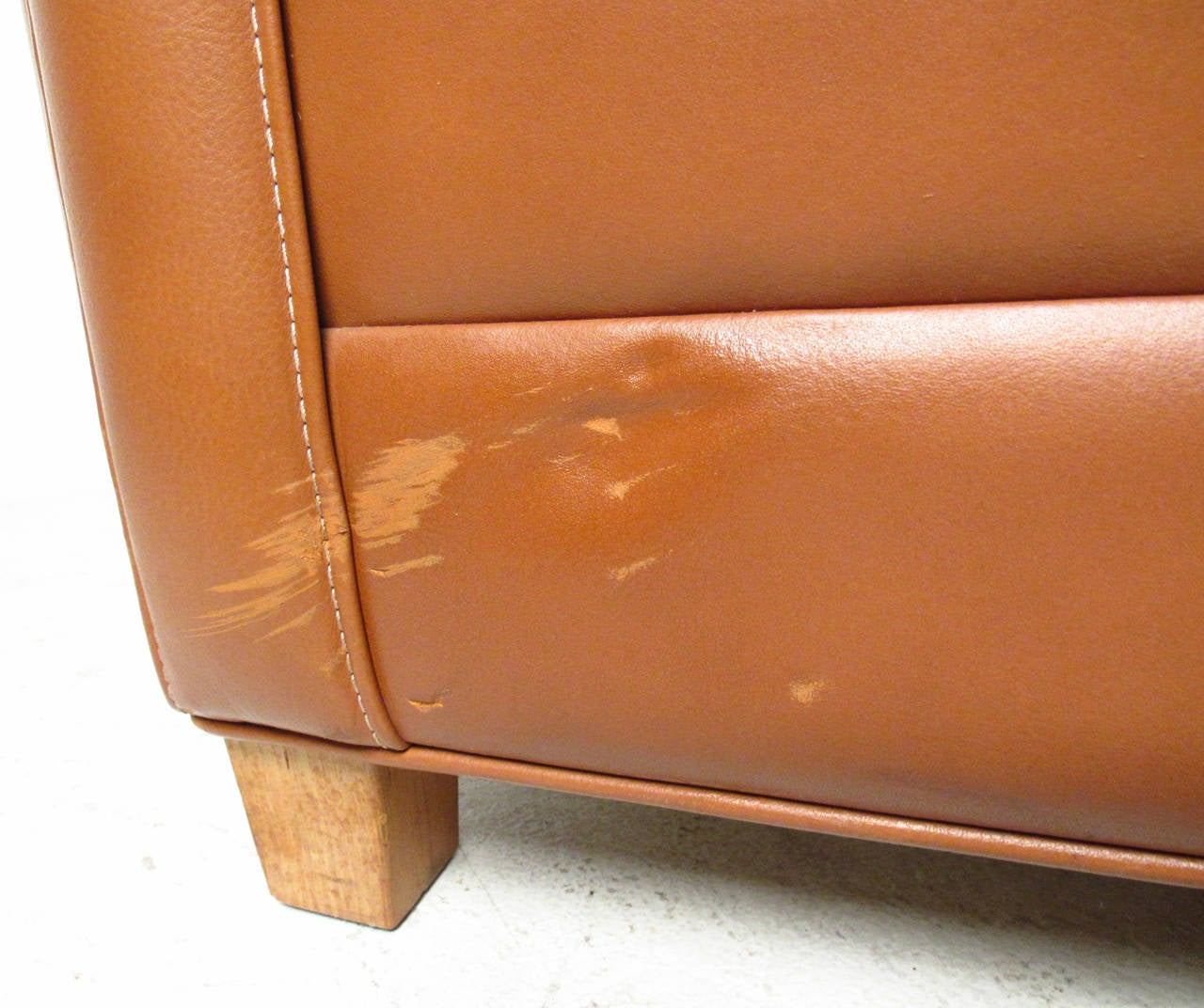 Mid-20th Century Børge Mogensen Leather Lounge Chair For Sale