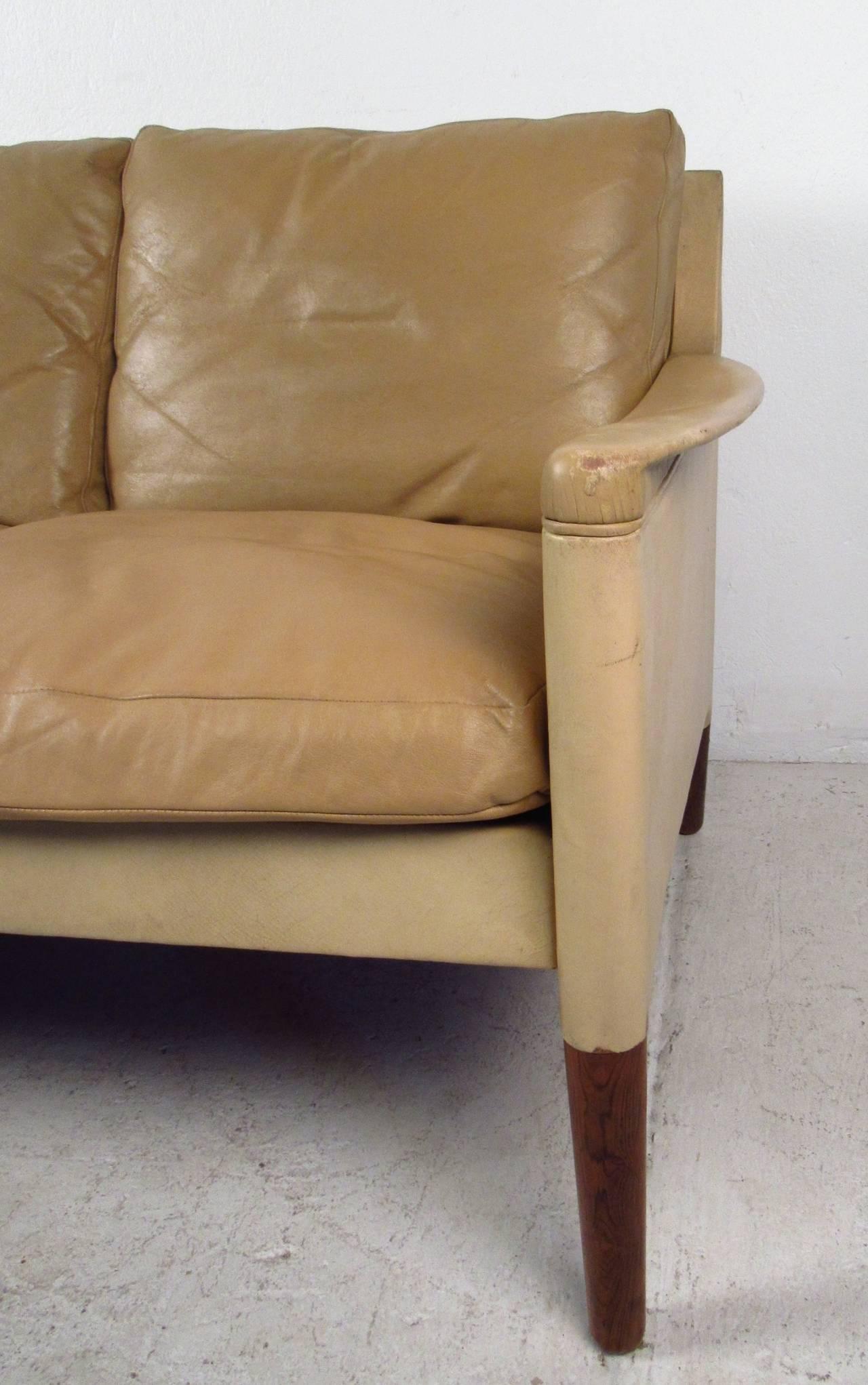 Mid-20th Century Vintage Danish Leather Sofa For Sale