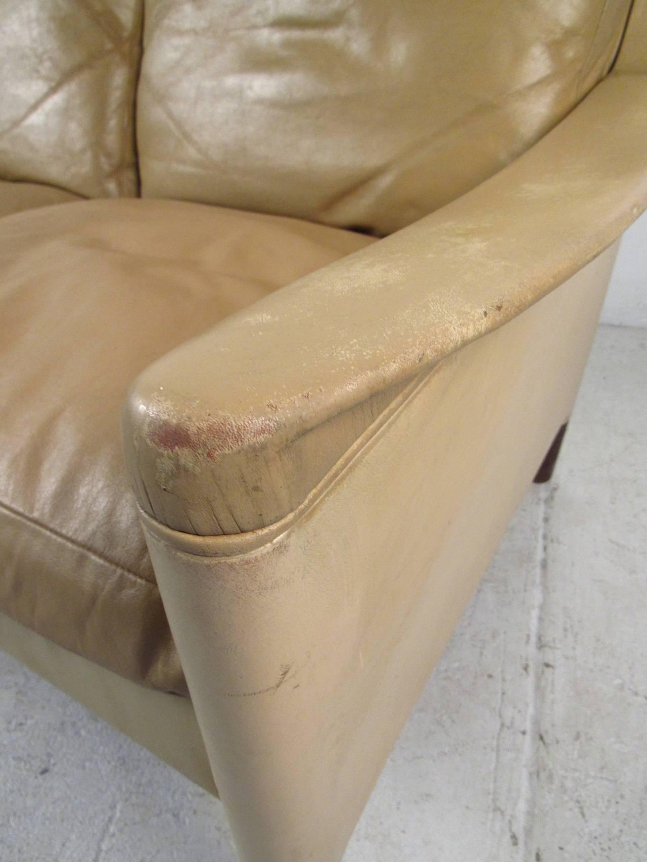 Vintage Danish Leather Sofa For Sale 1