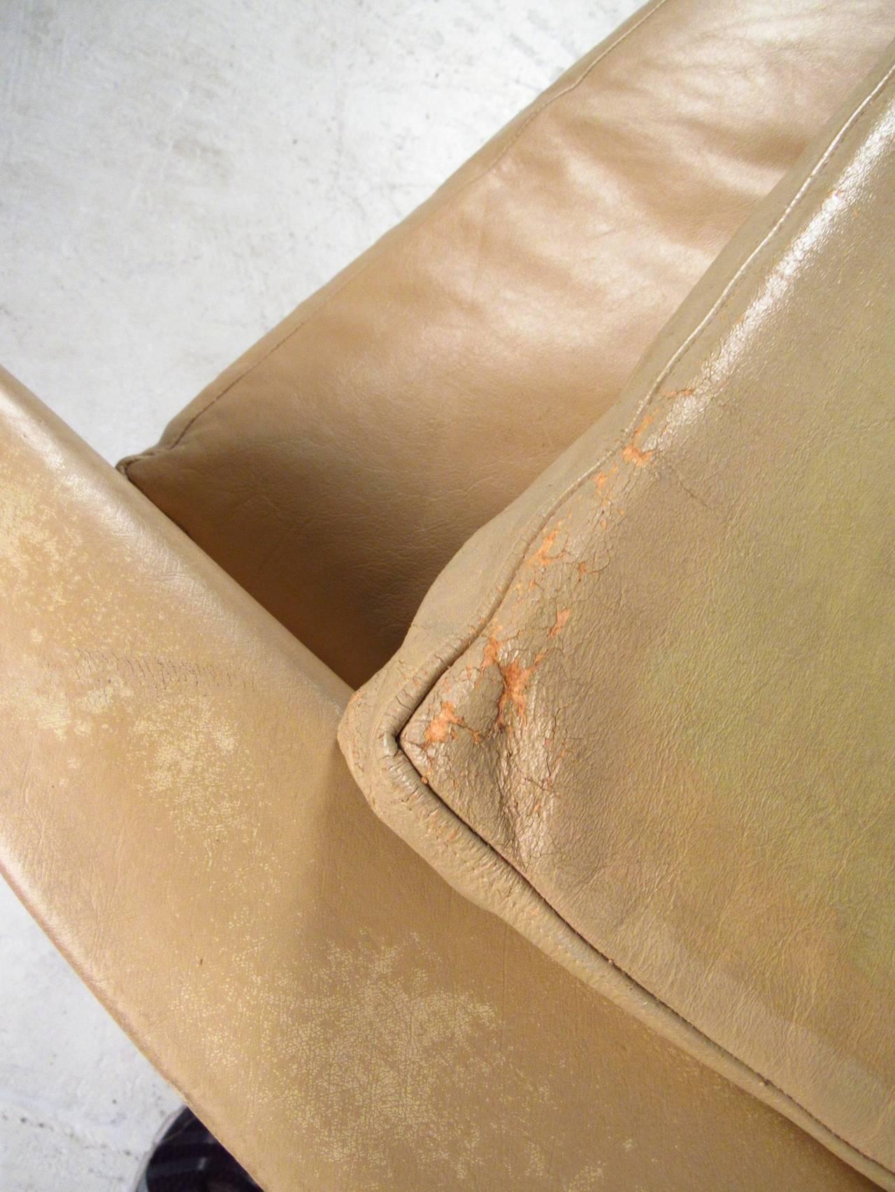 Vintage Danish Leather Sofa For Sale 3